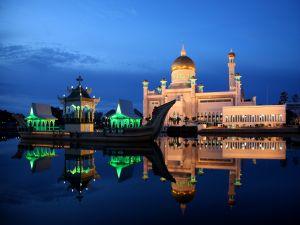 Dusk on the Sultan Omar Ali Saifuddin Mosque, Brunei