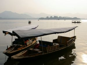 Boats on the West Lake, in Hangzhou (China)