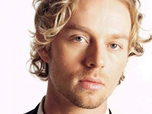 The singer-songwriter Darren Hayes
