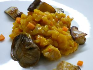 Risotto with pumpkin and mushrooms