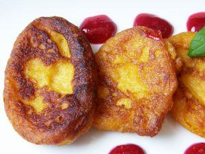Sweets of pumpkin frying (Cuban cuisine)