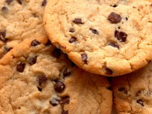 Big cookies with chocolate chips