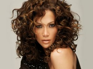 An explosive Jennifer Lopez