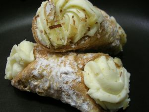 Cannoli, Italian typical cake