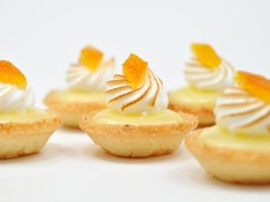 Mini pies of lemon curd