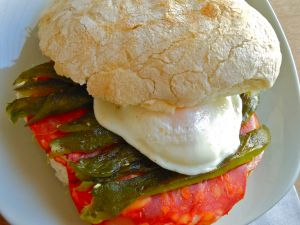 Bocadillo with egg, green peppers and chorizo