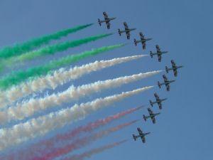Frecce Tricolori in formation