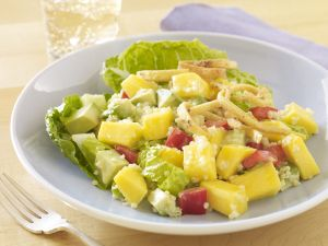 Salad with fruits and quinoa