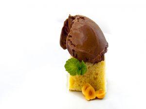 Sponge cake with chocolate creamy gelato