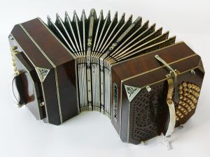 German Bandoneon of Cardenal mark (approx. 1920)
