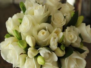 Bouquet of freesias and white roses