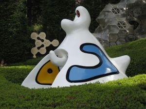 Sculpture by Joan Miró outdoor (Hakone Museum, Tokyo)
