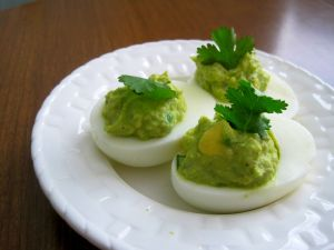 Eggs with guacamole