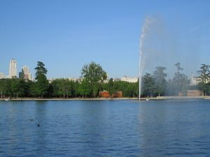 """Lake of the """"Casa de Campo"""" in Madrid"""