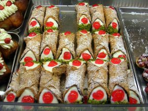 Cannoli Siciliani, a Sicilian typical sweet