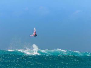 Big jump of windsurfing