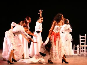 Bizet 39 s carmen at the teatro reina victoria in madrid for Teatro reina victoria