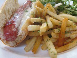 Sausage bocadillo and chips