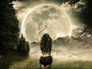Ritual to the Moon