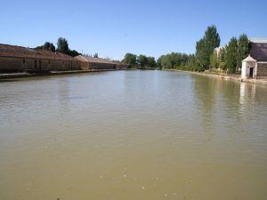 Pier of Castilla Canal, in Medina de Rioseco