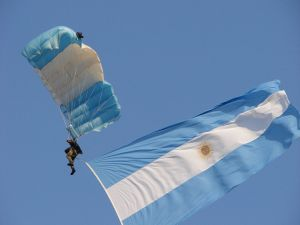 Paratrooper deploying the Argentine flag
