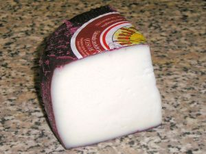 Cheese of Murcia with wine