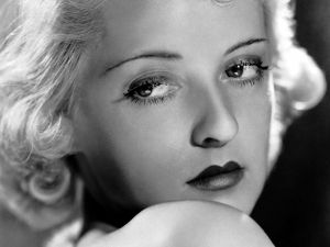 Sad look of Bette Davis