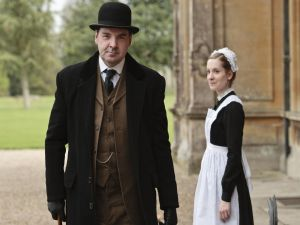 The valet John Bates and the first maid Anna Smith in Downton Abbey
