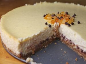 Cheesecake with biscuit base