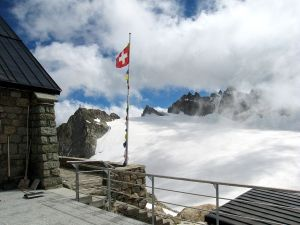 Cabin in the Trient Glacier (Switzerland)
