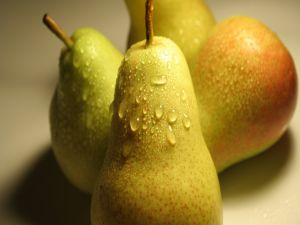 Freshly washed pears