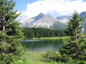 Lake in Arosa (Switzerland)