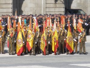 Soldiers with the Spanish flag