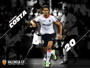 Ricardo Costa, captain of the Valencia CF