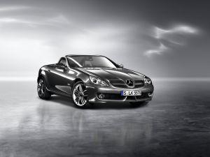 Mercedes Benz SLR