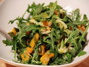 Salad with arugula and pumpkin
