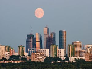 The city of Moscow under the moonlight