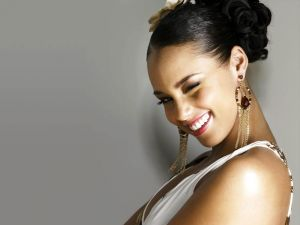 Alicia Keys winking an eye