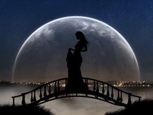 The lady of the bridge