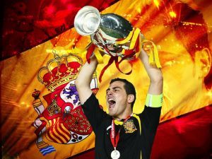 Iker Casillas with the cup