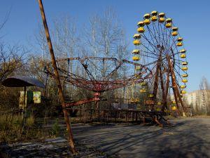 Ferris wheel abandoned