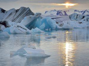 Ice in the Atlantic Ocean