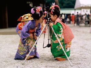 Small geishas