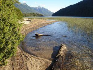 Correntoso Lake (Neuquén, Argentina)