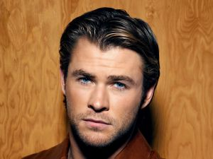 Chris Hemsworth, very handsome