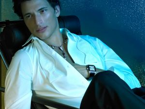Andrés Velencoso, with white shirt
