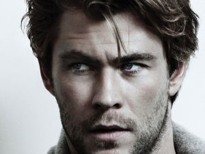 Chris Hemsworth, attractive