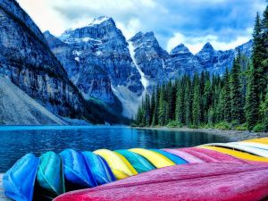 Colored canoes in a beautiful environment