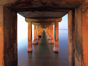 The infinite through the pier