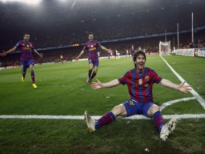 Leo Messi celebrating a goal with the Barca shirt